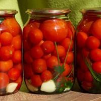 Как солить помидоры в домашних условиях