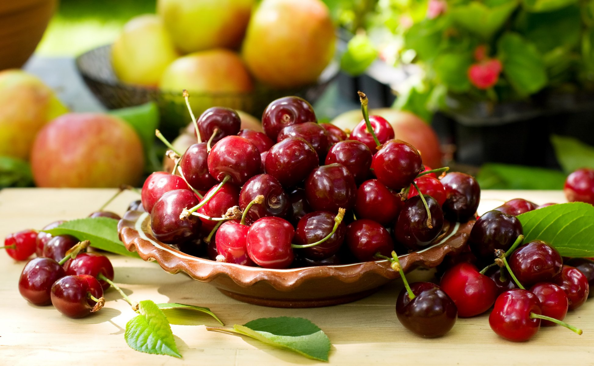 Срок хранения домашнего вишневого варенья с косточками